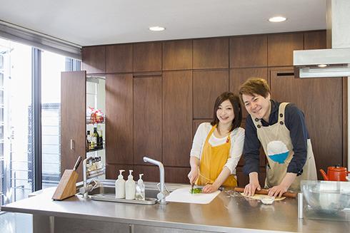 料理研究家 五十嵐夫妻さんの『五十嵐夫妻の週末夫婦ごはん』のMy Precious Kitchen