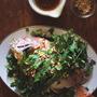 蒸し鯛とパクチーのサラダ