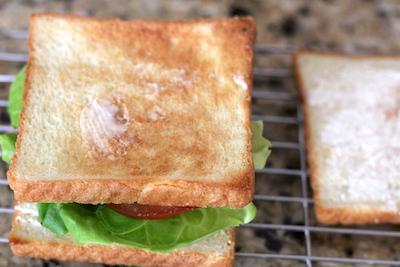 魚焼きグリルでのトーストを焼く時のコツ
