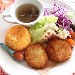 とろ〜りカニクリームコロッケ - マイティさん連載:朝・昼・晩おもてなしに!おうちで楽しむ♪ワンプレートごはん レシピブログ -料理ブログのレシピ満載!