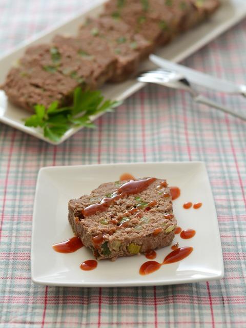 野菜とピンクペパーのミートローフR3.jpg
