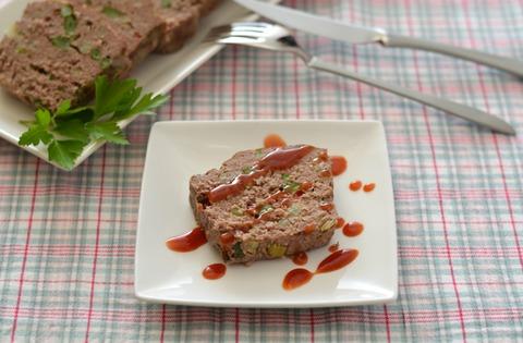 野菜とピンクペパーのミートローフR4.jpg