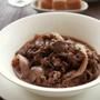 ピリリと胡椒がきいたイタリア料理♪牛肉の赤ワイン煮込み